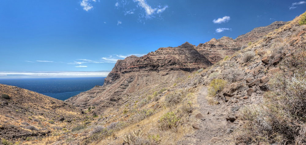 Wanderweg bergauf zur Degollada de Aguas Sabinas