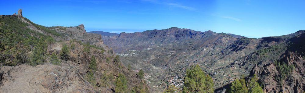 Roque Nublo und Caldera de Tejeda mit dem Moriscos im Hintergrund