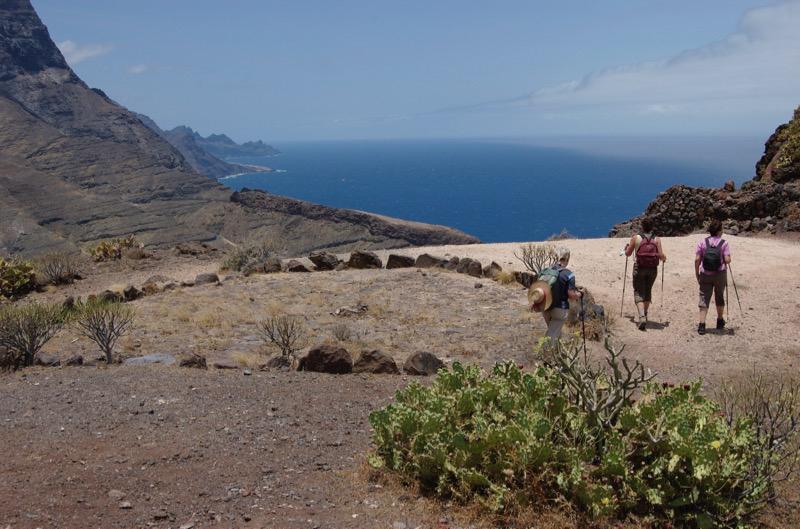 Alter Korndreschplatz oberhalb der steilen Westküste von Gran Canaria