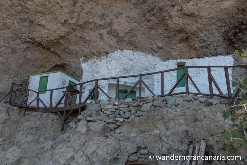 Höhlenwohnung in der Felswand bei Acusa, Gran Canaria