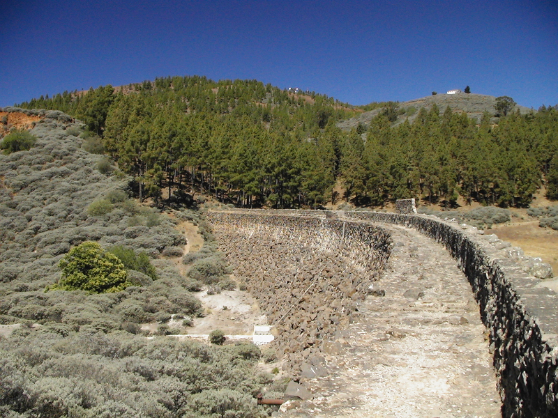 Staumauer Stausee Gran Canaria Osten