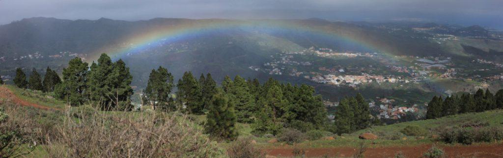 Regenbogen über dem Tal von Valsequillo, Osten Gran Canaria